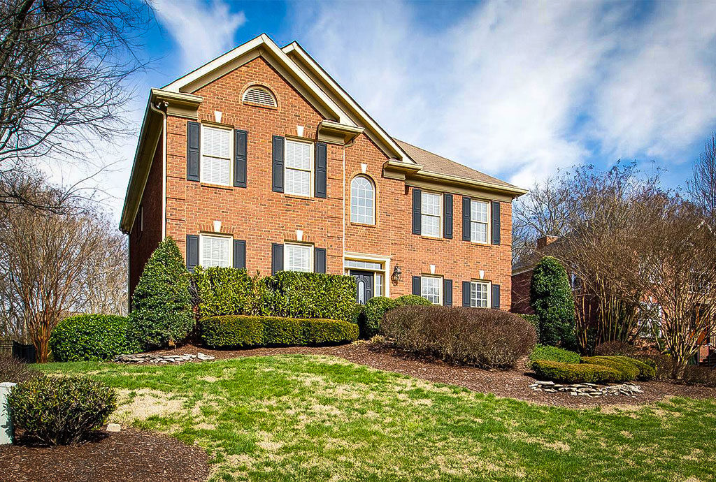 Homes for Sale in Raintree Forest, Brentwood, TN